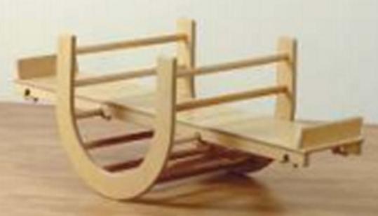 Holz Kletter Bogen : Klettertunnel und wippe zum turnen turngeräte für